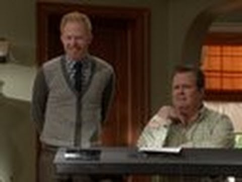 Cameron and Mitchell Sing! - Modern Family