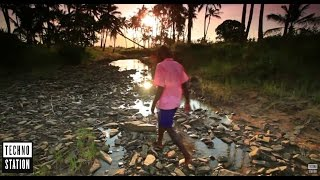 Khen & Guy Mantzur Ft. Kamila - Children With No Name (Video Clip)