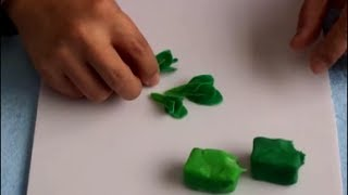 Play Dough Creations: Make Vegetable & Fruits -- Fresh Spinach Craft