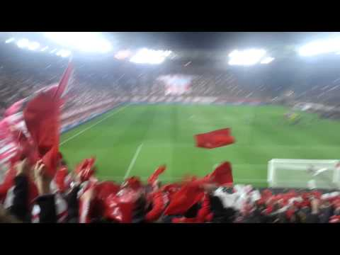 Olympiakos vs manchester united 2-0 gate 7 coreo