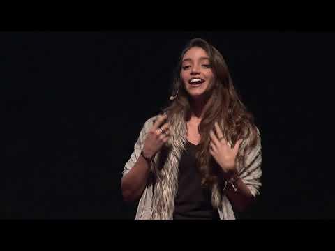 Todo mundo pode ensinar algo para alguém | Débora Aladim | TEDxSaoPaulo