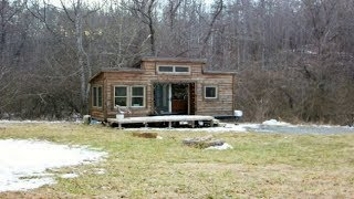"Say ""hello"" To The Beaitifully Rustic Hello Tiny Home In Asheville"
