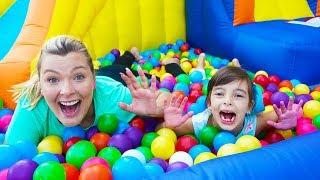Laurinha e mamãe tiveram uma competição divertida