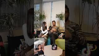 TikTok Türkiye - Ezgizem ve Yakari7 Röportaj
