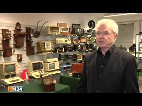 N24  Auction Team Breker Köln  Historischer Computer Versteigerung des legendren Apple I