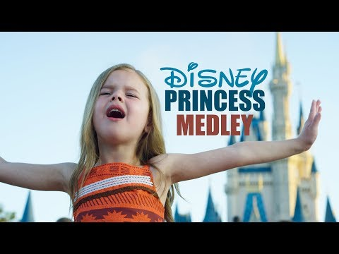 DISNEY PRINCESS MEDLEY - SINGING EVERY PRINCESS SONG AT WALT