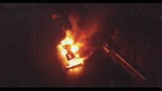Масштабный пожар в Киеве(Беспилотник снял пожар в ресторане на воде