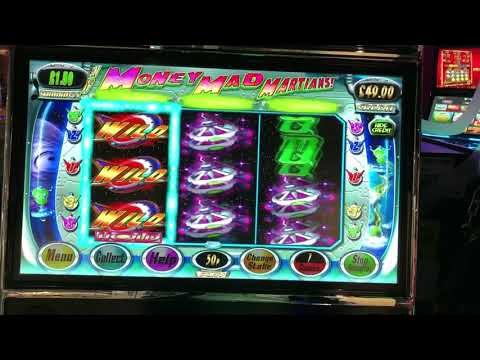 Slots session from the arcade featuring community slots and £500 jackpot machines