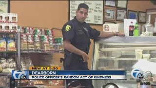 Police officer's random act of kindness