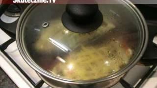 Faszerowane bakłażany duszone w pomidorach :: Skutecznie.Tv