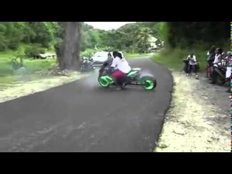 GSXR ULTIMATE DRIFT SUZUKI BURN OUT