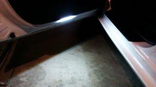 как сделать подсветку дверей в машине