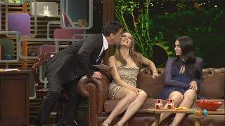 Beyaz Show - Serenay Sarıkaya'yı öpmek nasıl bir his?