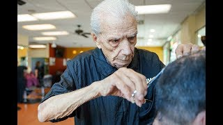 The world's oldest barber