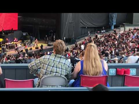 Joan Jett & The Blackhearts Live Hyper Space Tour 2017 Mountain View, CA Shoreline Amphitheater 6/14