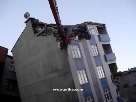 Kıraç Yatan Binanın Acil Yıkımı - MTKA İnşaat