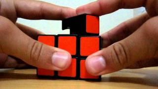 Lubrificando um cubo mágico Rubik's