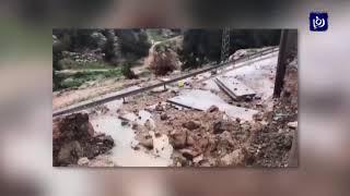 الأمطار الغزيرة تتسبب في انهيار جدار الفصل العنصري في القدس - (28-2-2019)