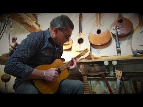 KABOSY (GUITARE MALGACHE)