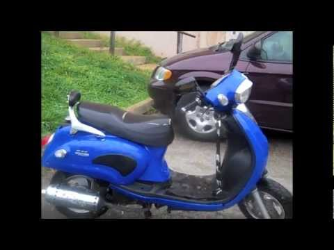 selling blue 50cc scooter