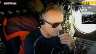 قائد طائرة سولار إمبلس يتحدث لسكاي نيوز عربية من كابينة الطائرة اثناء تحليقها