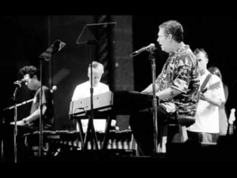 Brian Wilson Live At Carl Wilson Benefit 10/16/2003 Full Concert