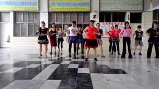 高雄市有氧舞蹈協會課程練習: 小水果指導老師: 陳素月老師.