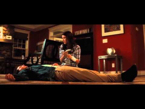 Scream 4 Best Scene with Emma Roberts.