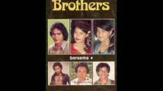 Video The Kid Brothers - Asmaraku Asmaramu download MP3, 3GP, MP4, WEBM, AVI, FLV Maret 2018