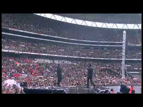 Wretch 32 & Example - Unorthodox (Live @ Wembley)