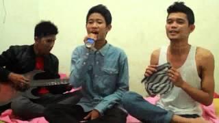 Ada Band - Manusia Bodoh (cover saxophone sisir)