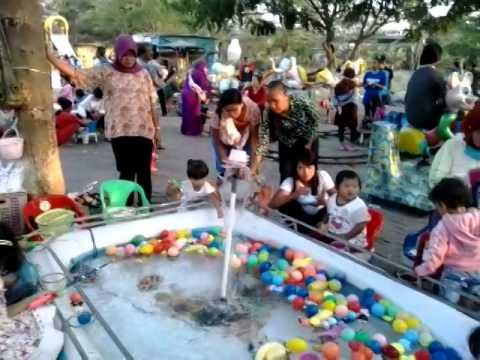 Tempat Bermain Anak Di Taman Kebalen Bekasi Utara Youtube