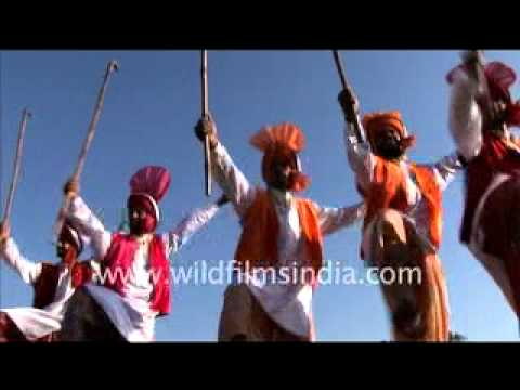 bhangra-dance-in-rural-olympics