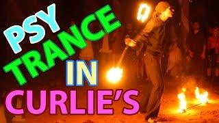 Goa. Psy trance trip to Curlies / Индия Гоа. Транс вечеринка в Керлис(Керлис - это ресторан в северном Гоа, который находится на пляже Анджуны. В этом заведении постоянно проходя..., 2015-12-18T18:16:57.000Z)
