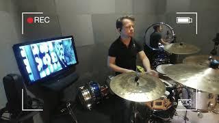 Drumless czy Topless? Jak grać z muzykąa jak nie