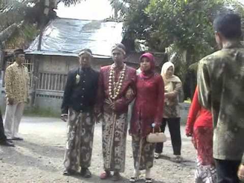Download Cuplikan Video Pernikahan Wahyu Setiawan & Rahmawati