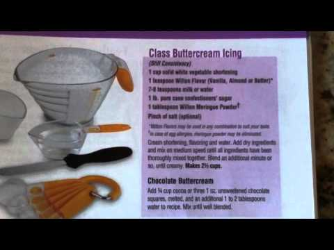 Wilton Cake Class Buttercream Recipe : Wilton Method Course 1: Decorating Basics - Lesson 1, Part ...