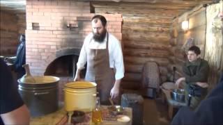 Мастер-класс по выпечке настоящего бездрожжевого хлеба в русской печи.