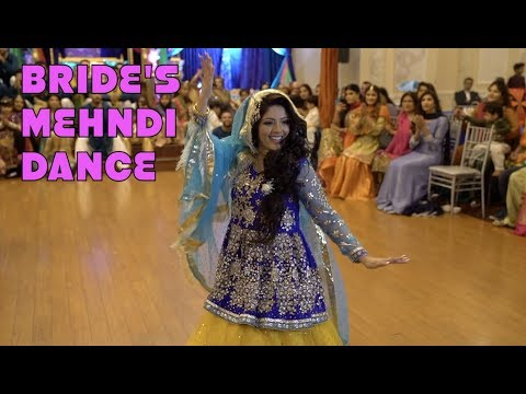 BEST BRIDE MEHNDI DANCE WITH BRIDESMAIDS