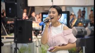 "Download Mantap!! Rektor Unimed Duet Vionita Sihombing Lagu Batak ""Leleng Ma Hupaima"""