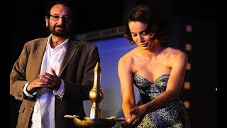 Kangana ranaut goes bold in deep cleavage gown