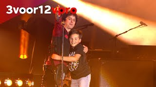 Download Green Day brings 11 year old-fan out on stage