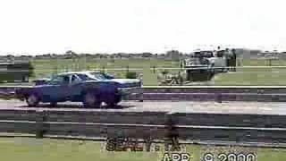Pontiac GTO drag race