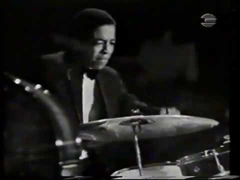 Miles Davis, tr ,&, TONY WILLIAMS ,drums - solo ,Live 1967..