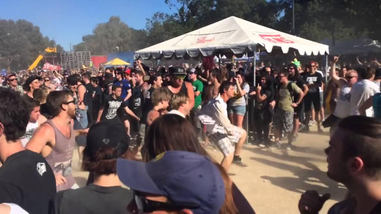 Hatebreed Circle Pit - Warped Tour Australia, Melbourne ...