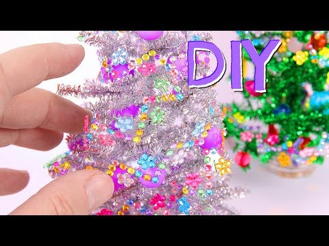 DIY Christmas Decorations ~ Christmas Trees & Wreaths