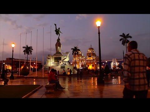 01. Plaza de Armas de Trujillo · Central Square of the Trujillo city || Trujillo Tour