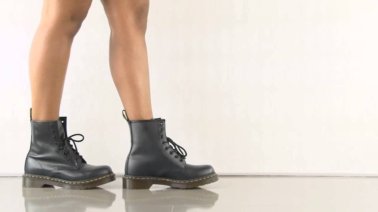 4d2d510407657 1460 W in Navy Smooth Dr Martens - YouTube