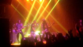"Five Finger Death Punch - Lift Me Up (Live at ""Bingo"" Club, Kiev, 07.12.2013)"