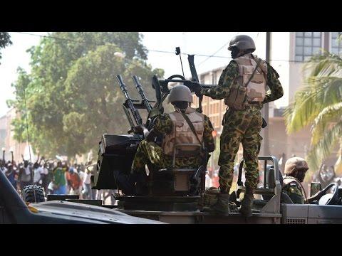 Cortège du départ du président Blaise Compaoré de Ouaga Camera Amateur